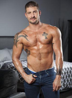 Sexy Guy Sean Maygers,Seth Santoro,