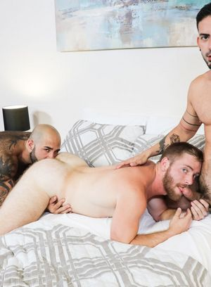Handsome Guy Atlas Grant,Cesar Rossi,Scott Riley,