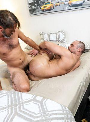 Good Looking Guy Jaxx Thanatos,Joe Parker,