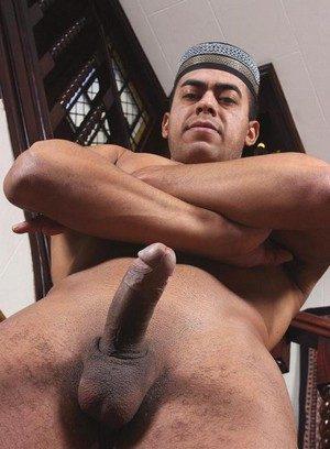Sexy Guy Hisham Abdul,