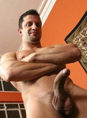 Cute Gay Imad Aldin,