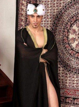 Naked Gay Muzzafar,