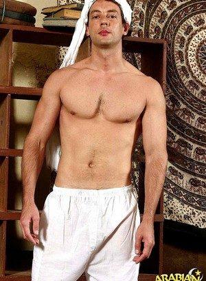Sexy Gay Nijad Hayan,