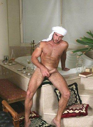 Cute Gay Nur Aldin,