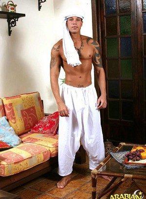 Hot Gay Rabah,