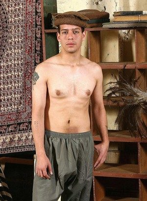 Hot Gay Yassen Uthal,