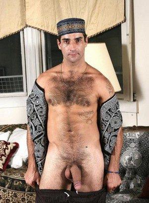 Sexy Guy Bayyhan Azhar,