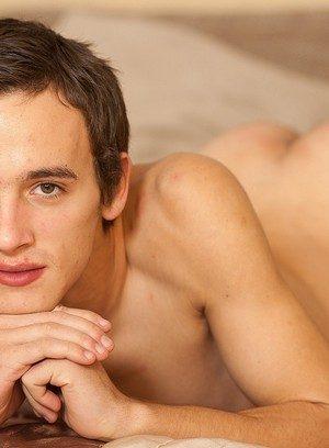 Hunky Gay Emil Tomanek,
