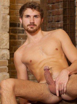 Muscle man Voloda Ivan,