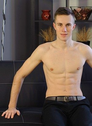Sexy Guy Bodi Curek,