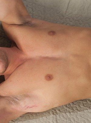 Sexy Dude Aron Ros,