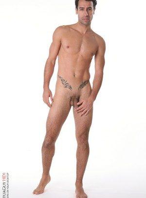 Naked Gay Kerim,