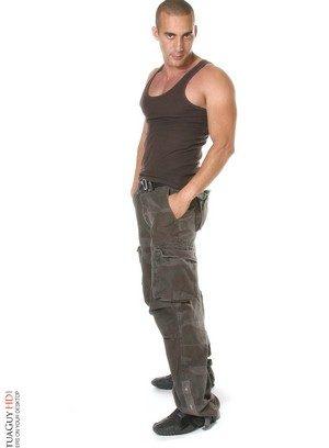Sexy Guy Mohanis,