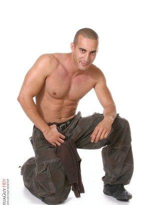 Handsome Guy Mohanis,