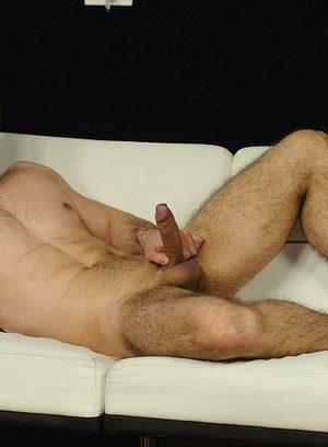 Good Looking Guy Tomas Tonal,