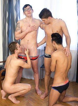 Hot Boy Mirek Madl,Petr Plodner,Rosta Benecky,Petr Cisler,