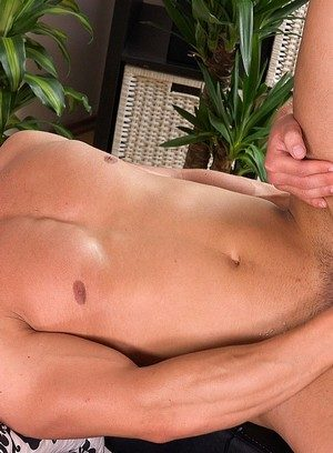 Hot Boy Robin Valej,Paul Hunter,