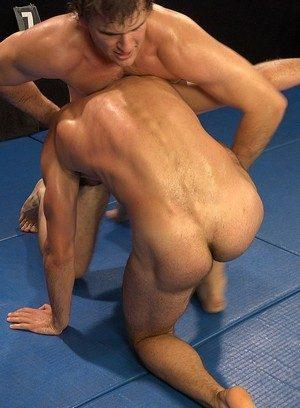 Sexy Dude Alan Carly,