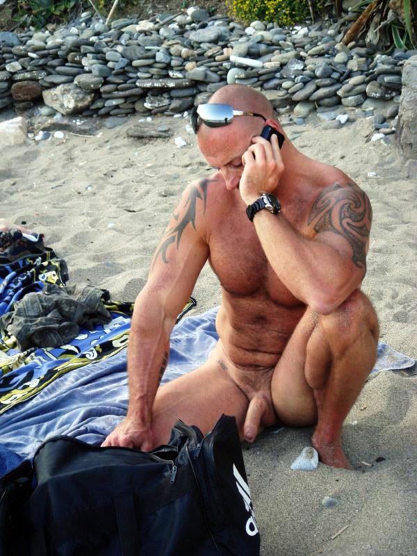 Голые мужчины видео и фото