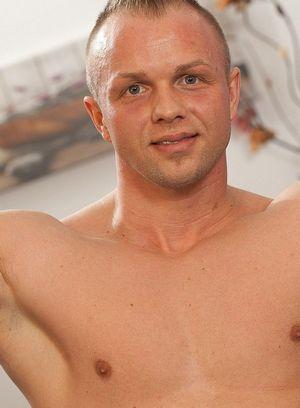 Hot Gay Tomas Polony,