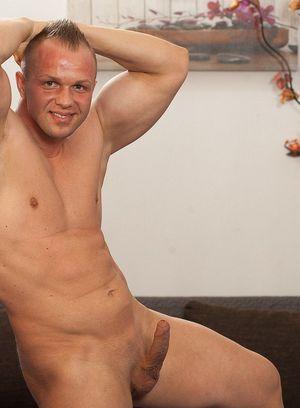 Cute Gay Tomas Polony,