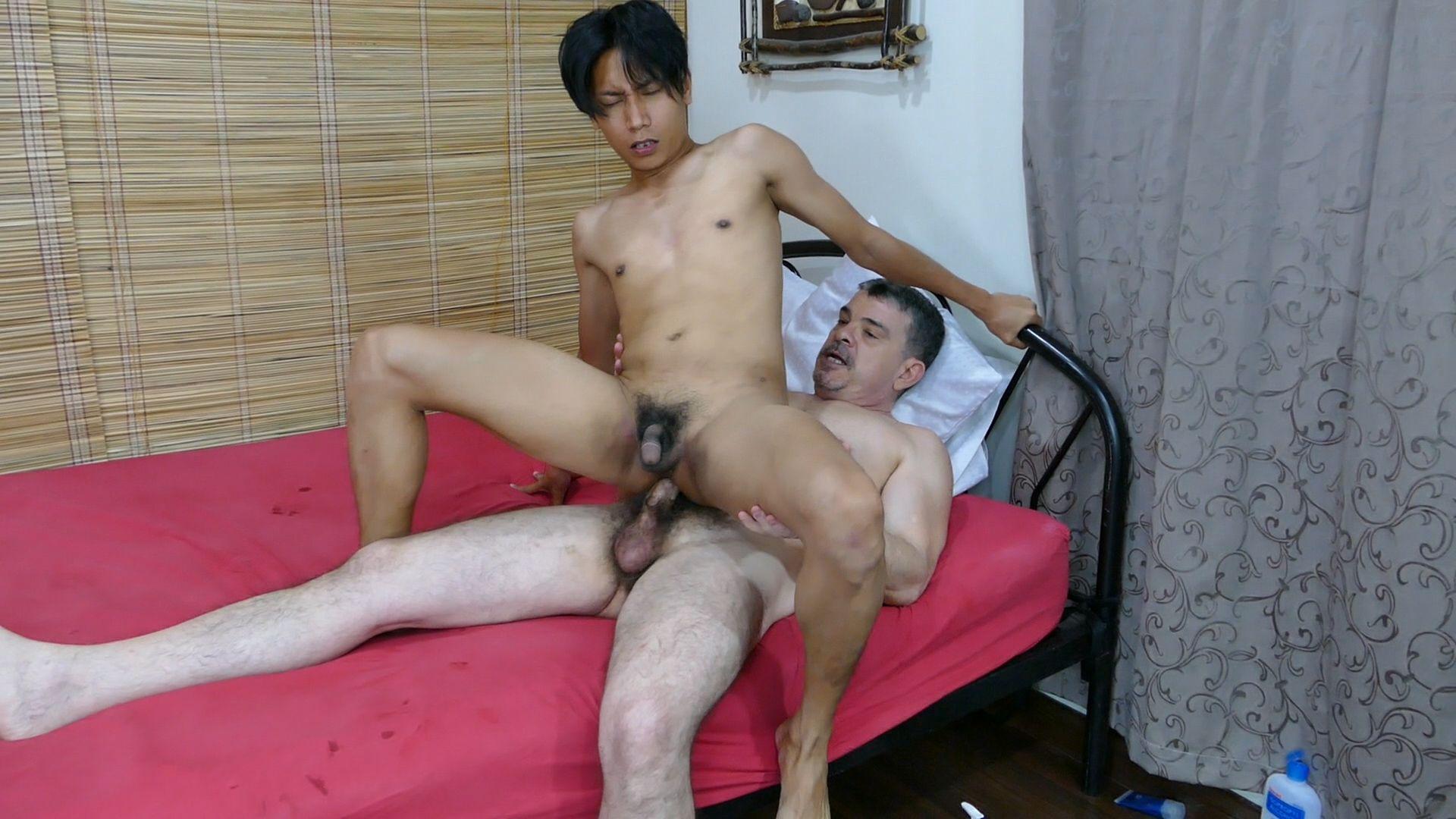 Douglass nude dad fuck asian cumqueen rachel
