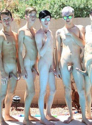 Sexy Guy Tyler Thayer,Jasper Robinson,