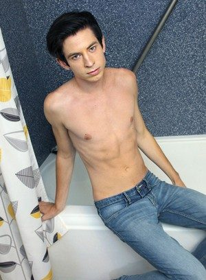 Sexy Dude Daniel Ross,