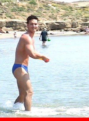 Hot Gay Yves Caradine,Julian Armanis,