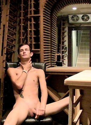 Sexy Dude Jasper Robinson,