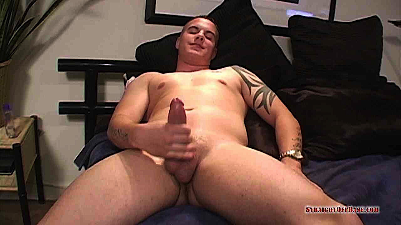 Gay vr porn-tattooed muscley dom stroking his big dick