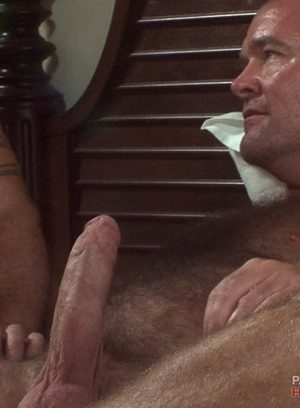 Sexy Dude Bruce Mills,Steve King,