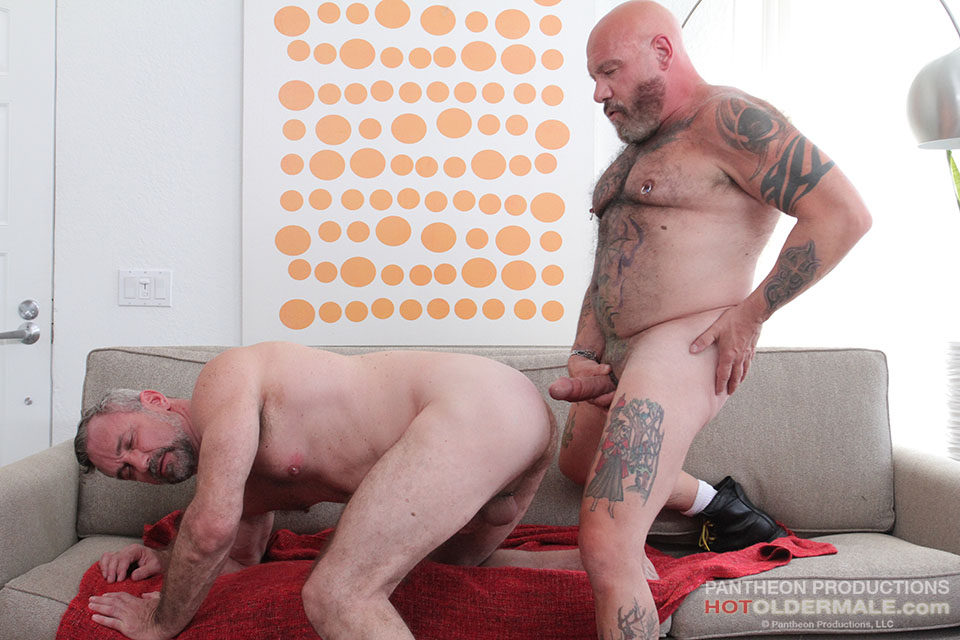 Rough And Ready CA Single Gay Men