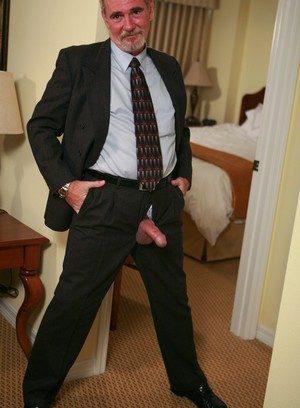 Hot Boy Karl Williams,