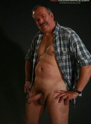 Hot Boy Lee Edwards,