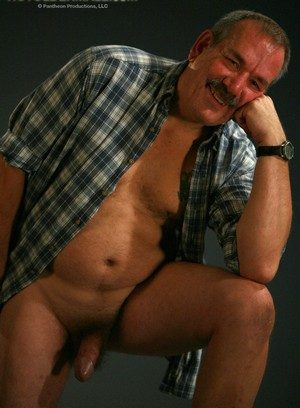 Horny Gay Lee Edwards,