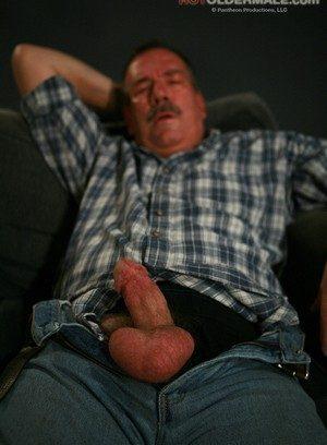 Sexy Guy Lee Edwards,