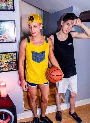 Hot Gay Abel Lacourt,Baptiste Garcia,