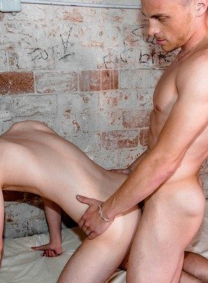 Cute Gay Chris Loan,