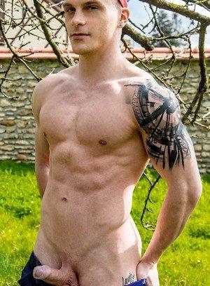 Good Looking Guy Chris Loan,Baptiste Garcia,