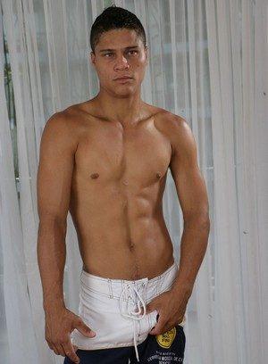 Sexy Dude Matheus Wilhans,