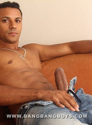 Sexy Guy Marcelo Mastro,