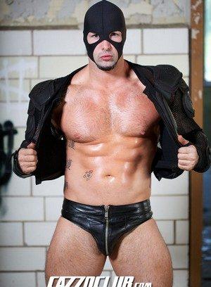 Hot Boy Lobo Bayard,