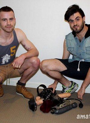 Muscle man Dane Dude,Mitch Bear,