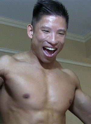 Naked Gay Jessie Lee,