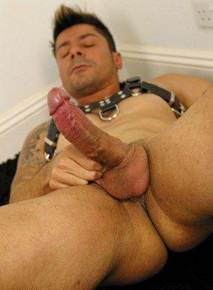 Hunky Gay Enzo Marino,