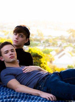 Hot Gay Logan Cross,