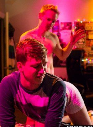 Naked Gay Max Carter,Bastian Hart,
