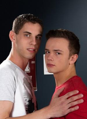 Hot Gay Sam Truitt,Logan Cross,