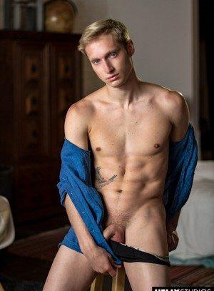 Cute Gay Corey King,Max Carter,